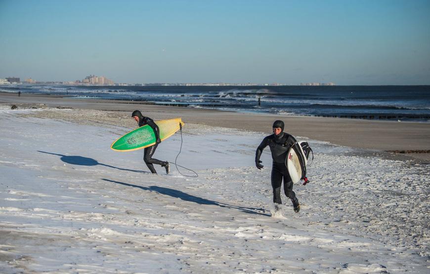 rockaway-winter-surf-andreea-waters-15
