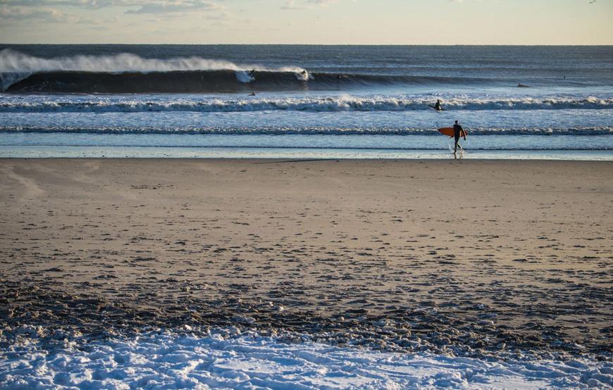 rockaway-winter-surf-andreea-waters-19