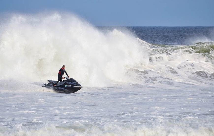chris-kinsel-monmouth-county-surf-photos-hurricane-arthur-july-4th-2014_10