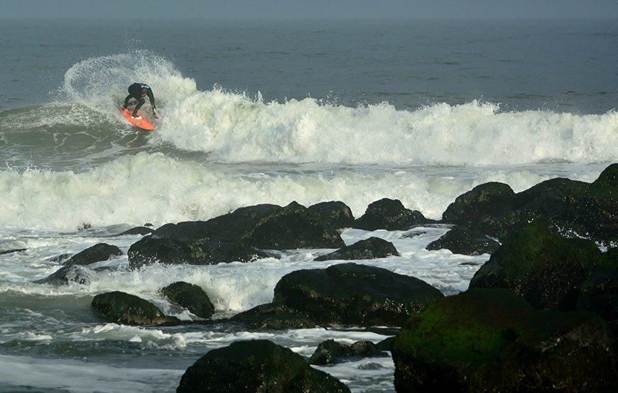 cold-war-surf-contest-17