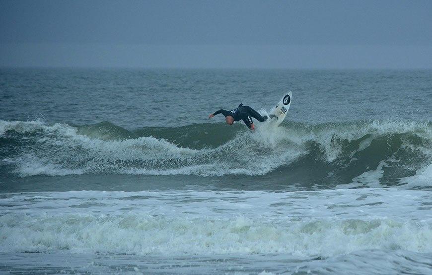 cold-war-surf-contest-23