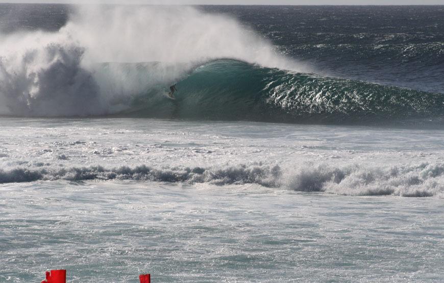 Hawaii Surfing Photos at North Shore