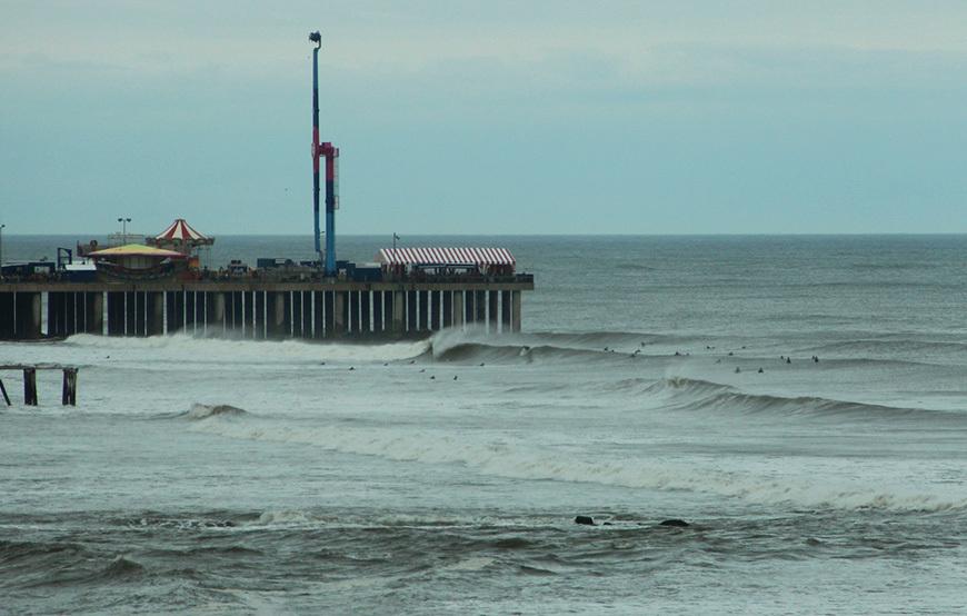 hurricane-arthur-surf-photos-1