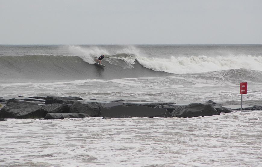 hurricane-arthur-surf-photos-11
