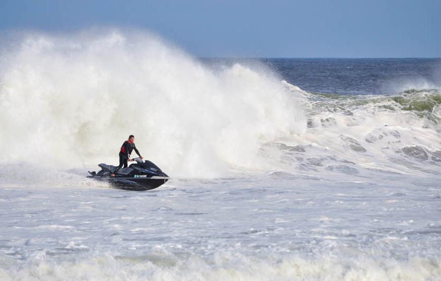 hurricane-arthur-surf-photos-17