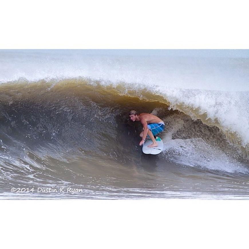 hurricane-bertha-surfing-05