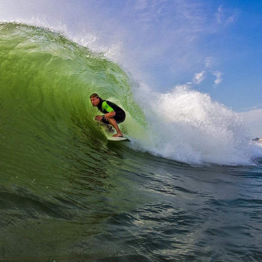 hurricane-bertha-surfing-08