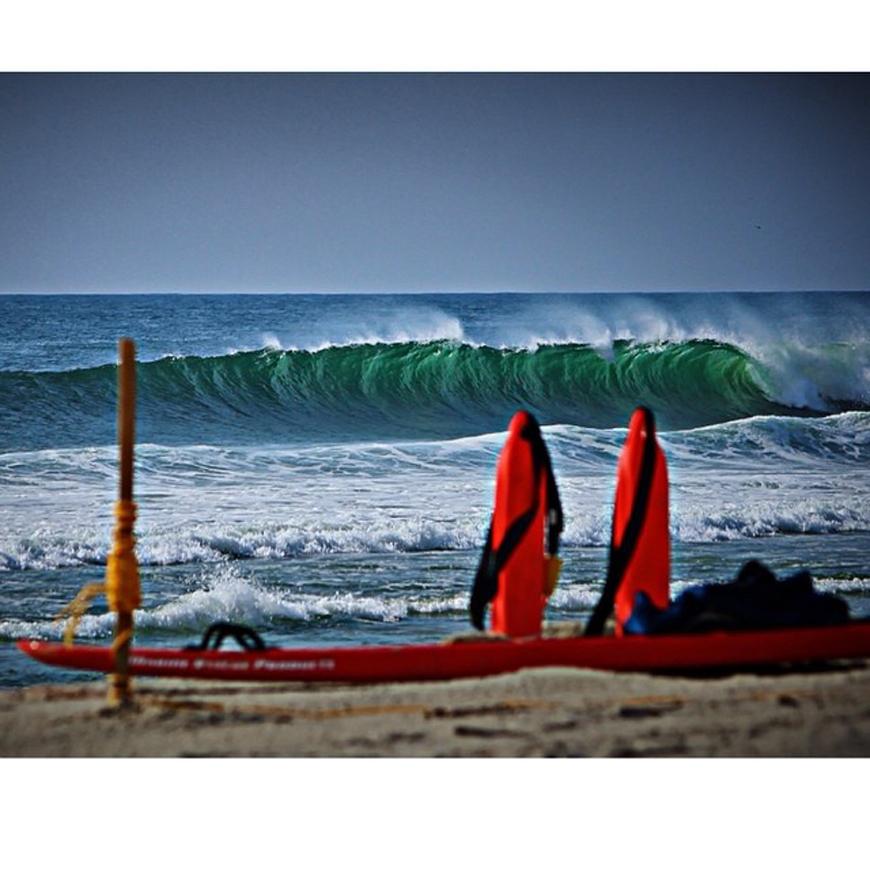 hurricane-bertha-surfing-11