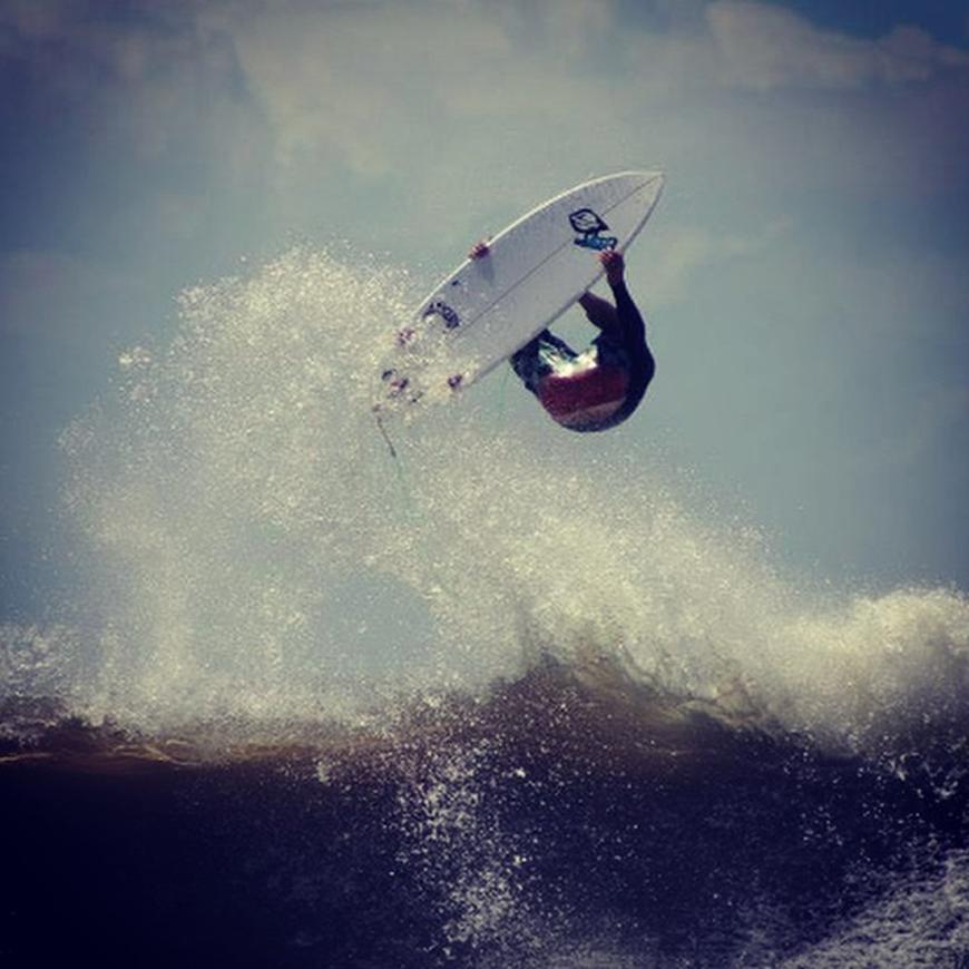 hurricane-bertha-surfing-16