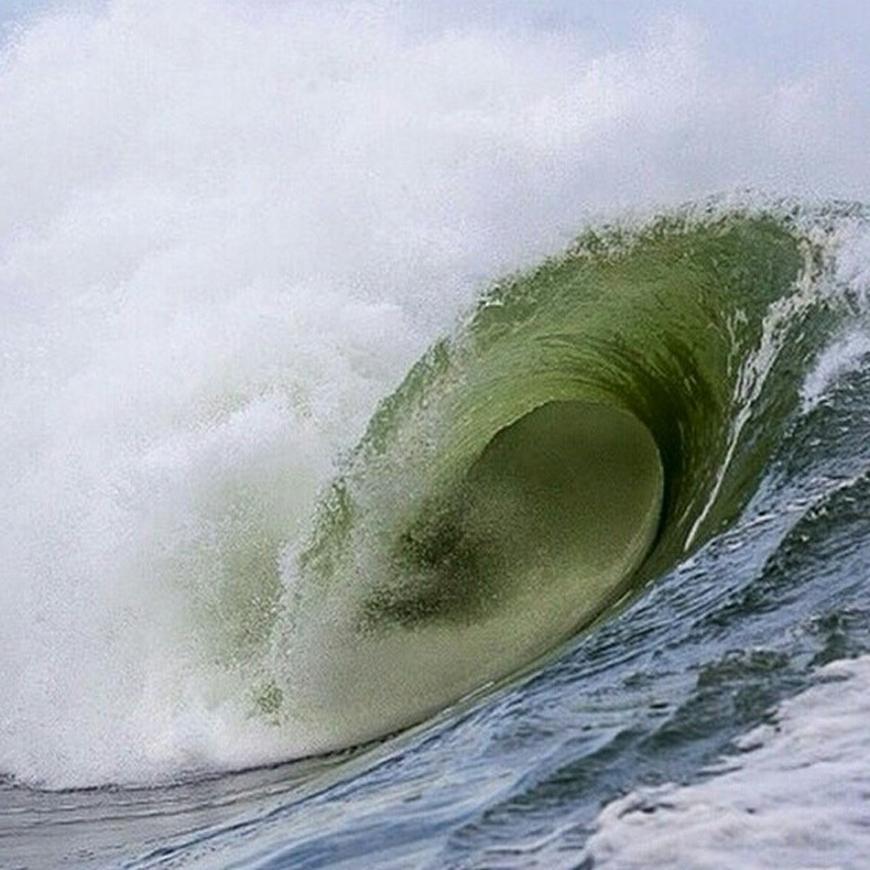 hurricane-bertha-surfing-18