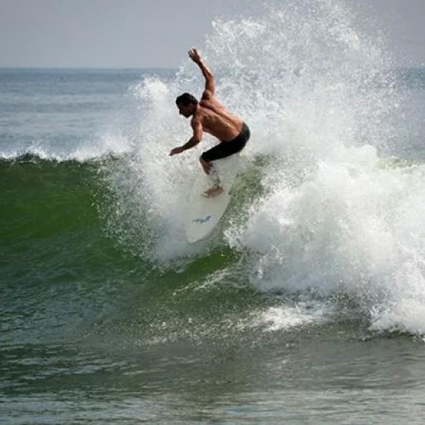 hurricane-bertha-surfing-20