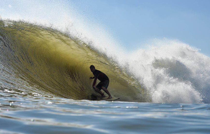 hurricane-gonzalo-surfing-photos-13
