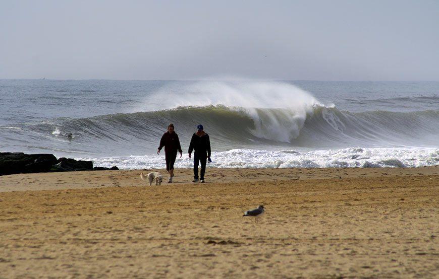 hurricane-gonzalo-surfing-photos-15