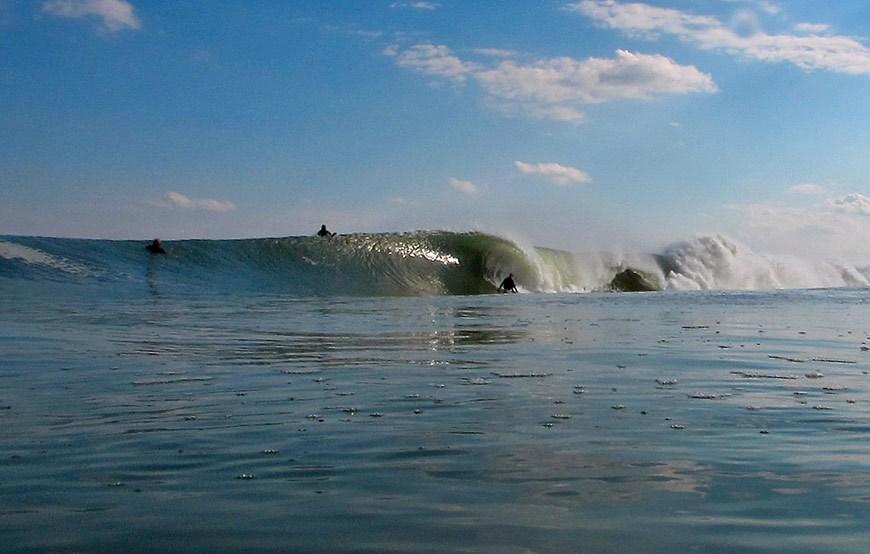 hurricane-gonzalo-surfing-photos-4