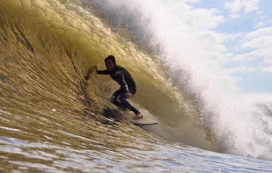 hurricane-gonzalo-surfing-photos-9