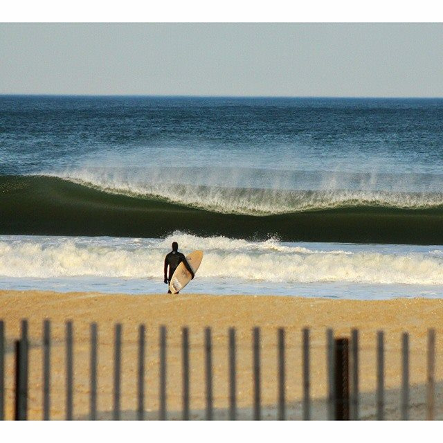 surfing-april-swell-new-jersey-12