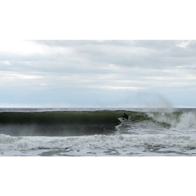 surfing-april-swell-new-jersey-15