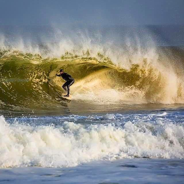 surfing-april-swell-new-jersey-20