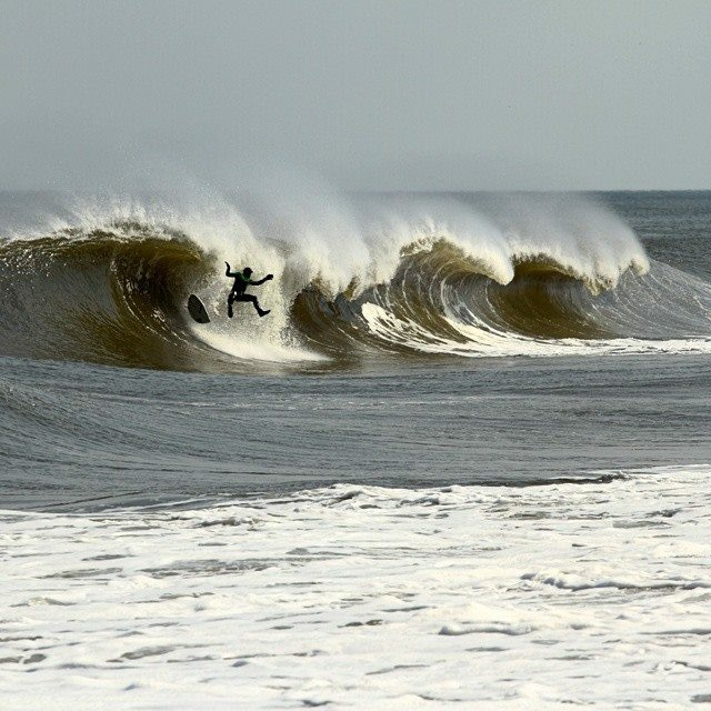 surfing-april-swell-new-jersey-3