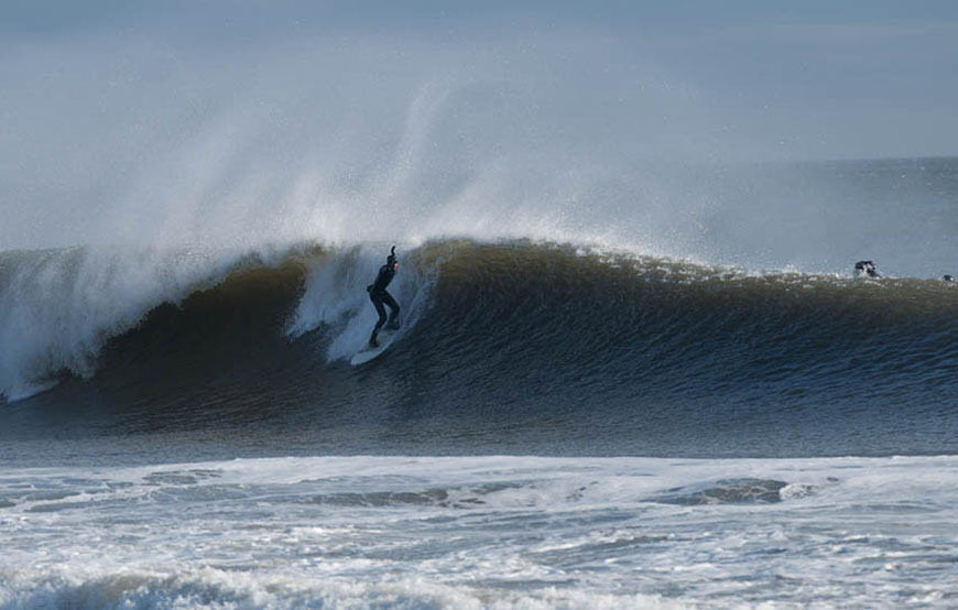 january-surfing-waves-new-jersey-14
