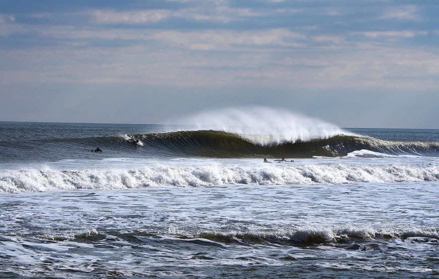 january-surfing-waves-new-jersey-18