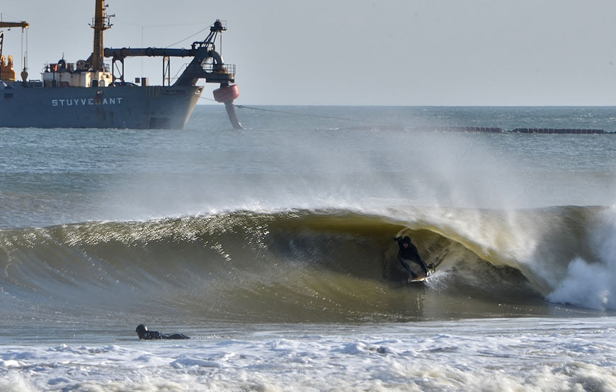january-surfing-waves-new-jersey-19