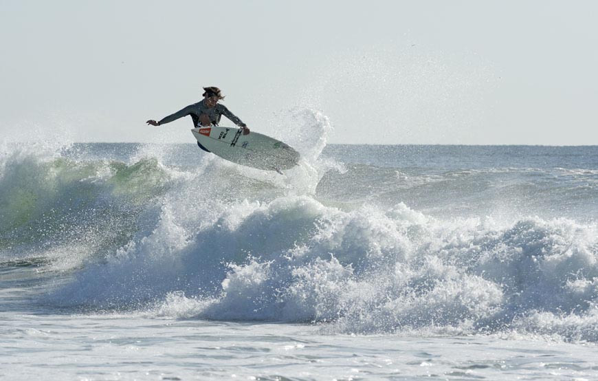 late-summer-swell-brings-epic-surf-to-nj-and-ny-photos-5