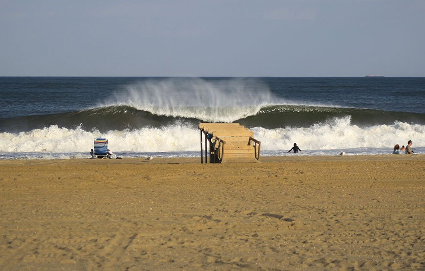 late-summer-swell-brings-epic-surf-to-nj-and-ny-photos-6