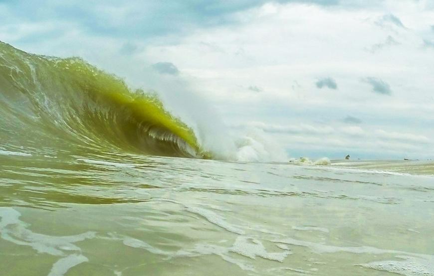 New Jersey Shore break Waves