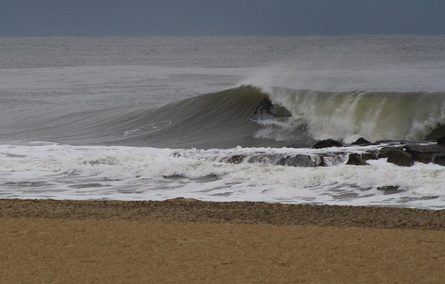 november-thanksgiving-swells-surfing-in-new-jersey-11