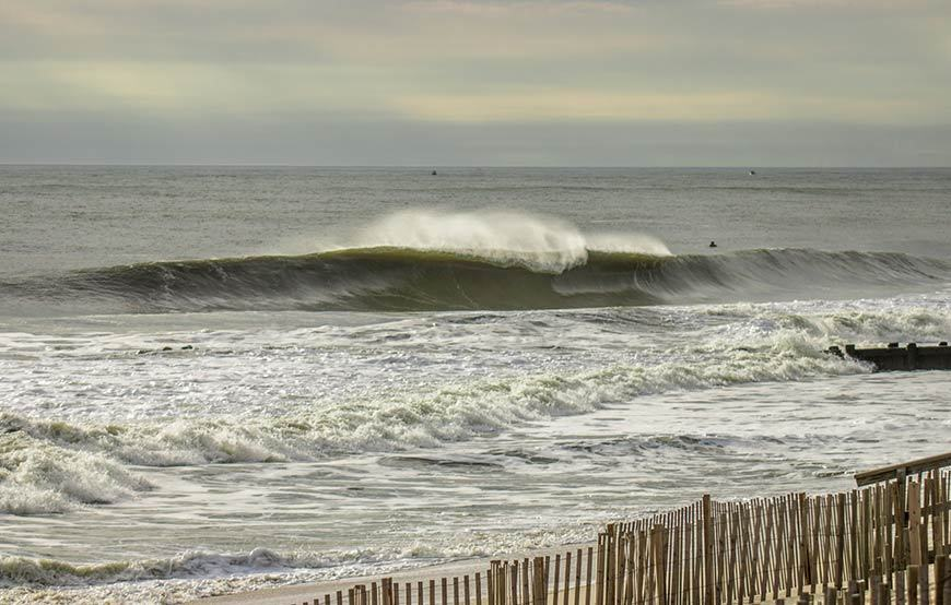 november-thanksgiving-swells-surfing-in-new-jersey-14