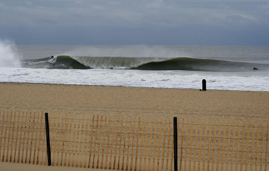 november-thanksgiving-swells-surfing-in-new-jersey-15