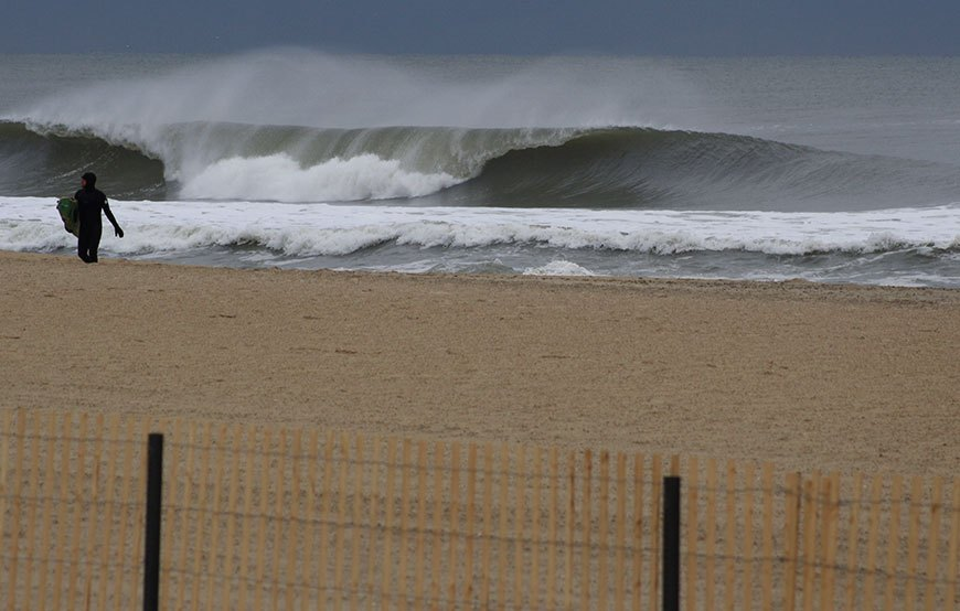 november-thanksgiving-swells-surfing-in-new-jersey-16
