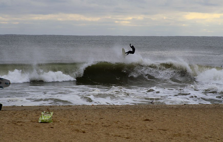 november-thanksgiving-swells-surfing-in-new-jersey-17