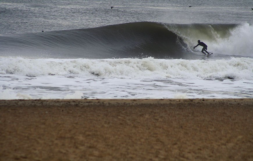 november-thanksgiving-swells-surfing-in-new-jersey-19