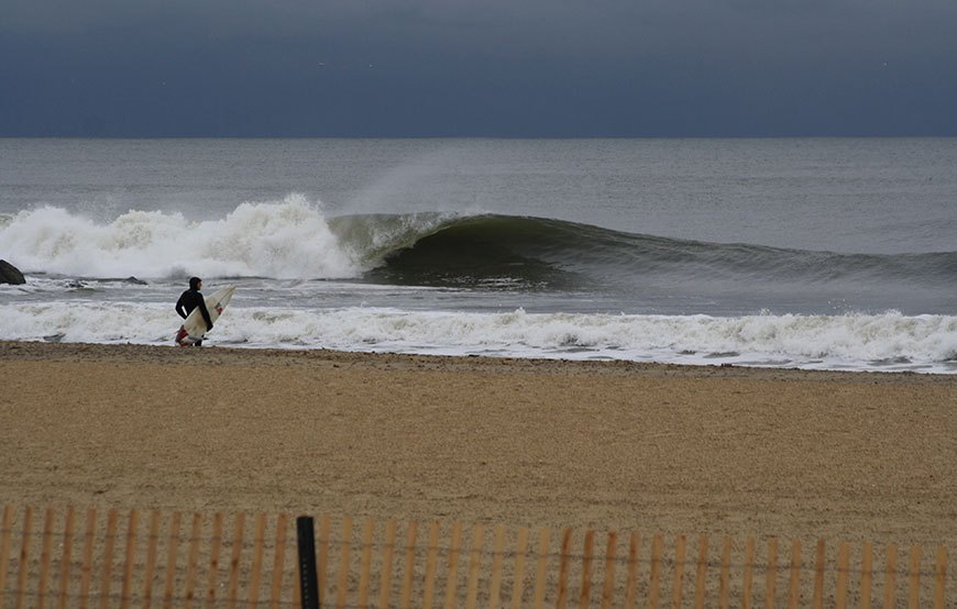 november-thanksgiving-swells-surfing-in-new-jersey-20
