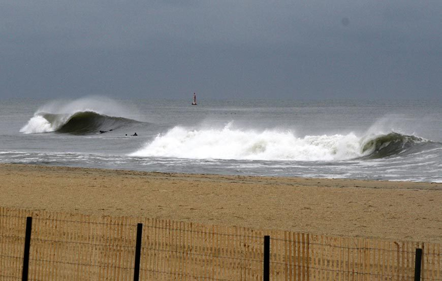 november-thanksgiving-swells-surfing-in-new-jersey-30