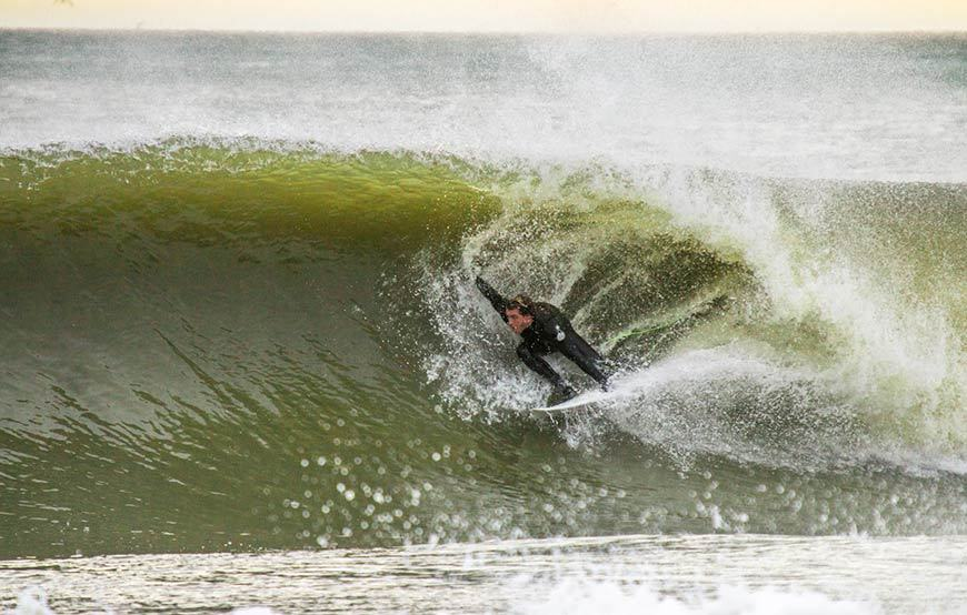november-thanksgiving-swells-surfing-in-new-jersey-5
