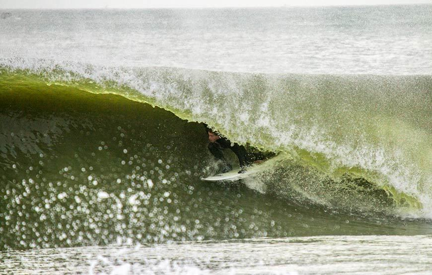 november-thanksgiving-swells-surfing-in-new-jersey-7