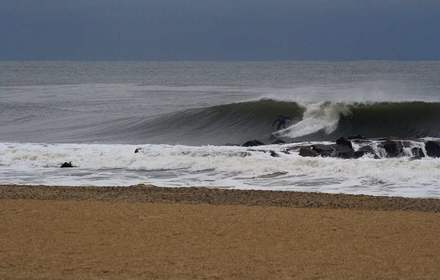november-thanksgiving-swells-surfing-in-new-jersey-9