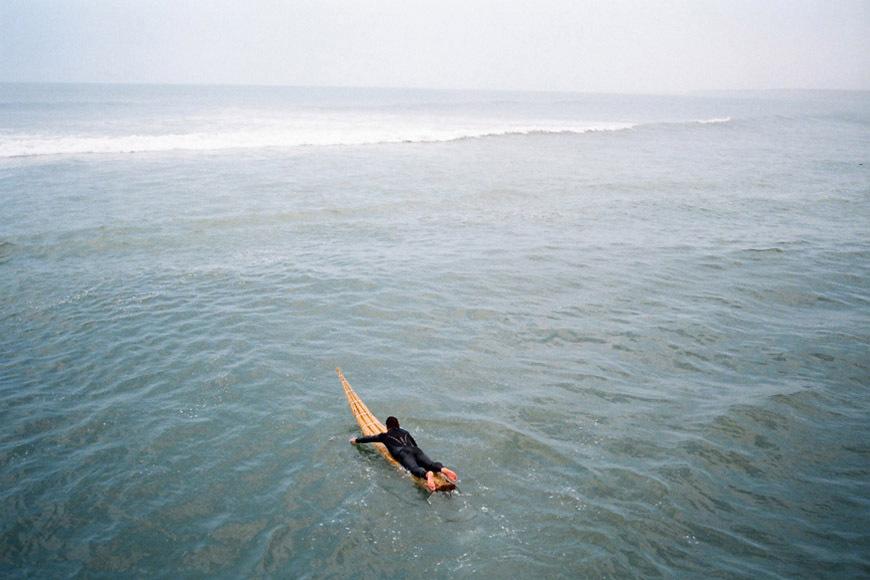 page2-chicama-peru-surf-photos-01b