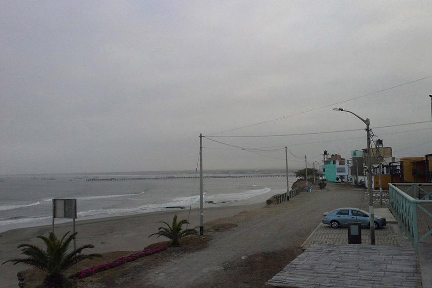 page2-chicama-peru-surf-photos-03