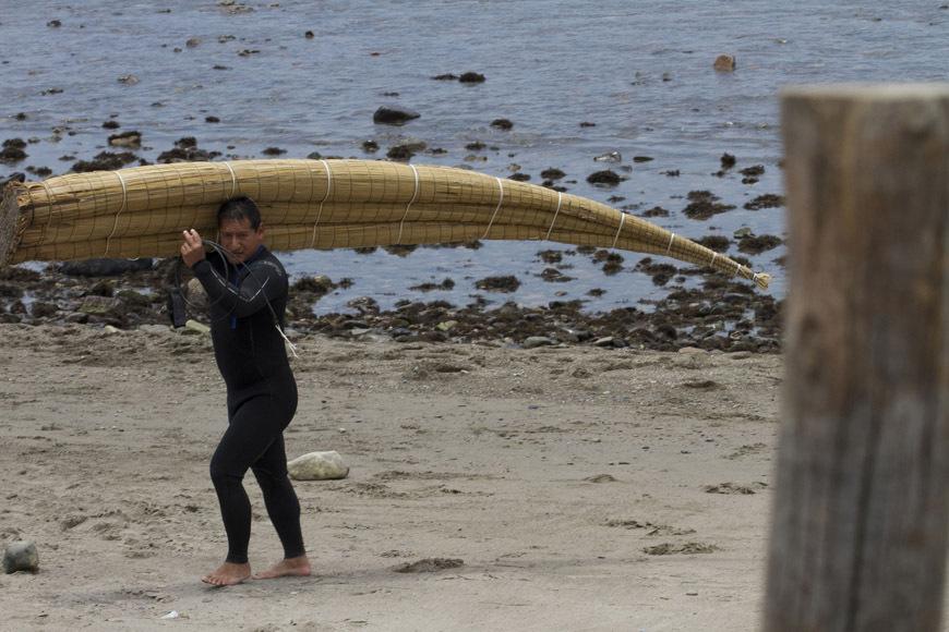 page2-chicama-peru-surf-photos-26