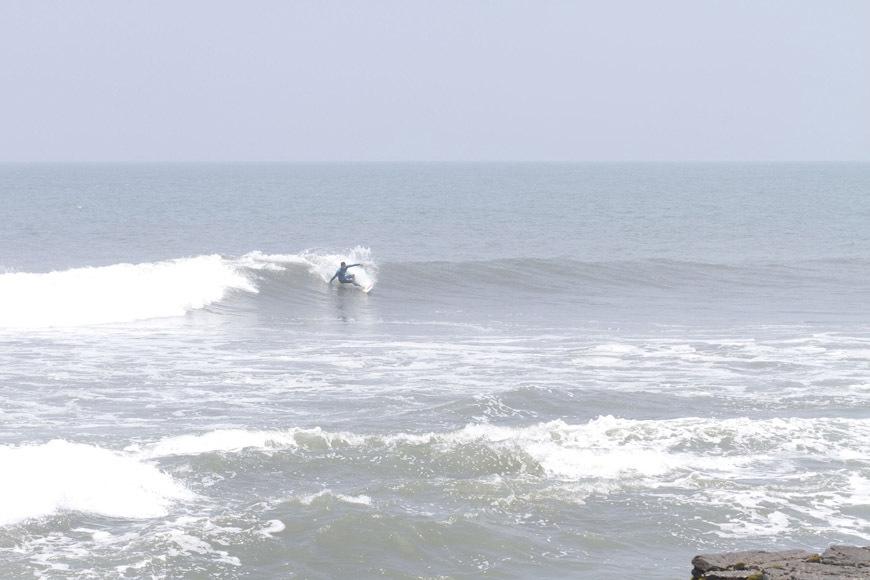 page2-chicama-peru-surf-photos-31
