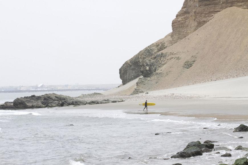 page2-chicama-peru-surf-photos-15