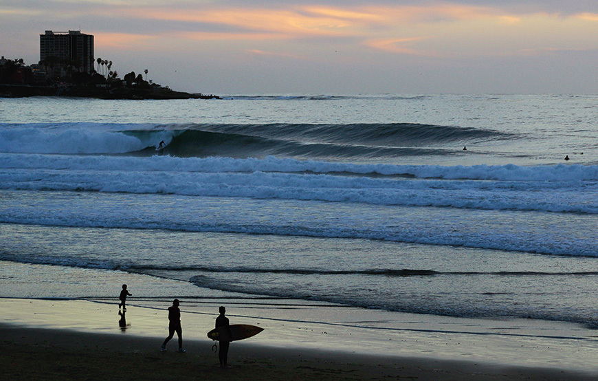 scripps-pier-surfing-photos-march-swell-1
