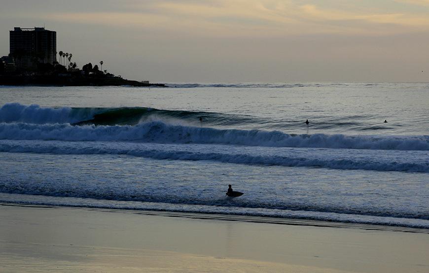 scripps-pier-surfing-photos-march-swell-12