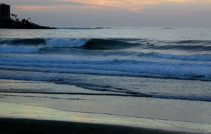 scripps-pier-surfing-photos-march-swell-15
