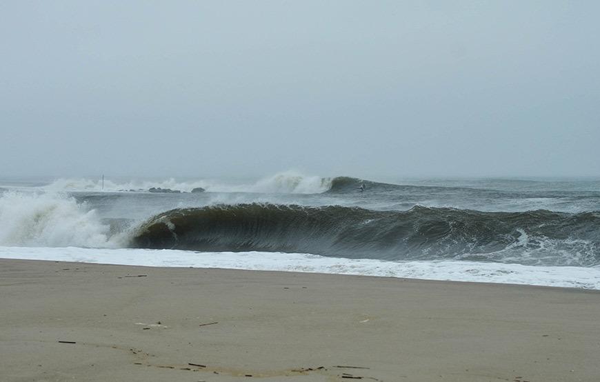 surfing-winter-storm-juno-cape-may-nj-1