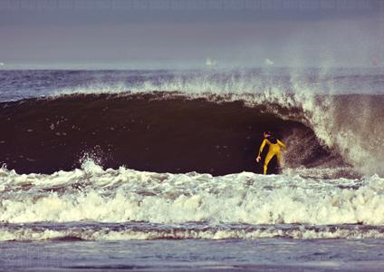 new jersey local pro surfer sam hammer, photo by ryan struck